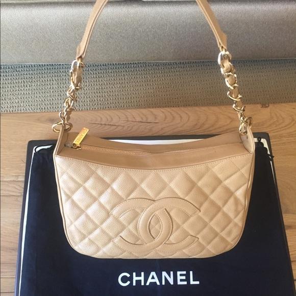 59fc0422eadef6 CHANEL Handbags - Vintage Chanel Matelasse Beige Caviar Skin